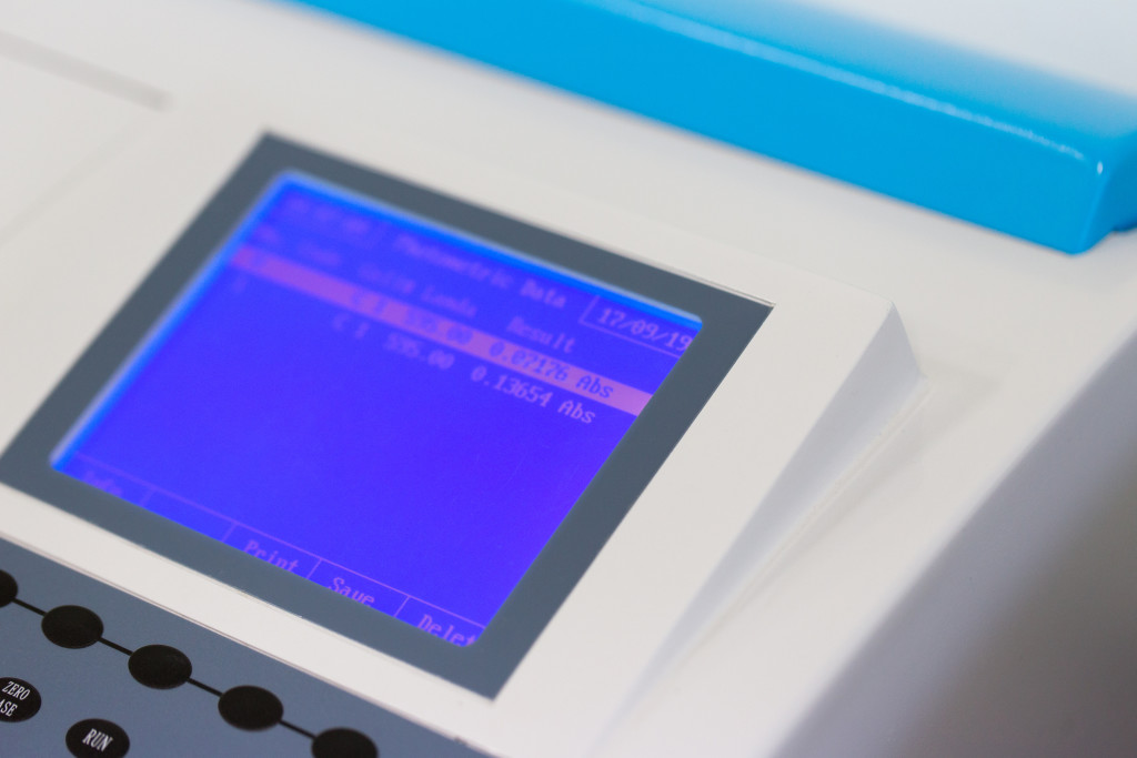 Spectrophotometer for lab experiments.